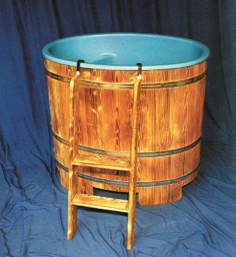 Tauchbecken, Kunststoffeinsatz, Dompelton, Inzet, saunatub, sauna-tub, sauna tub, plastic insert, Abkühlbecken, Abkuehlbecken, Kaltwasserbecken, Kaltwasser-Becken