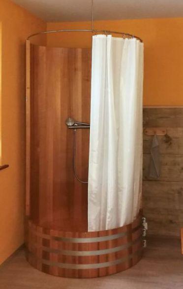 Holzdusche, Massivholzdusche, Holzduschtasse, Western Red Cedar
