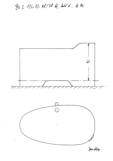 Skizze BW 135x73x68/78, mit demontierbarem Sockel, Transportmaß somit nur 68 cm. mit erhöhtem Kopfende, Konturausschnitt und Überlaufsicherung aus PVC (sollte verkleidet werden).
