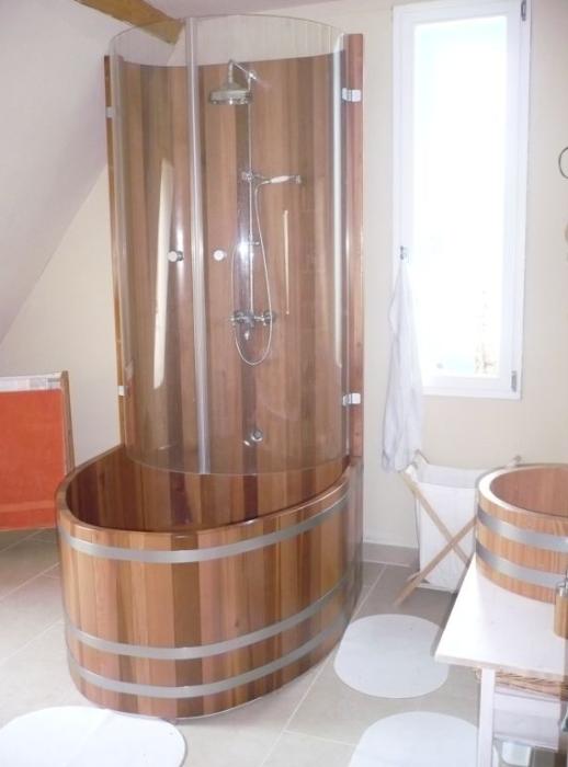 Holz-Duschkabinen